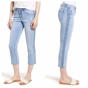WIT & WISDOM Embroidered Cropped Blue Jeans